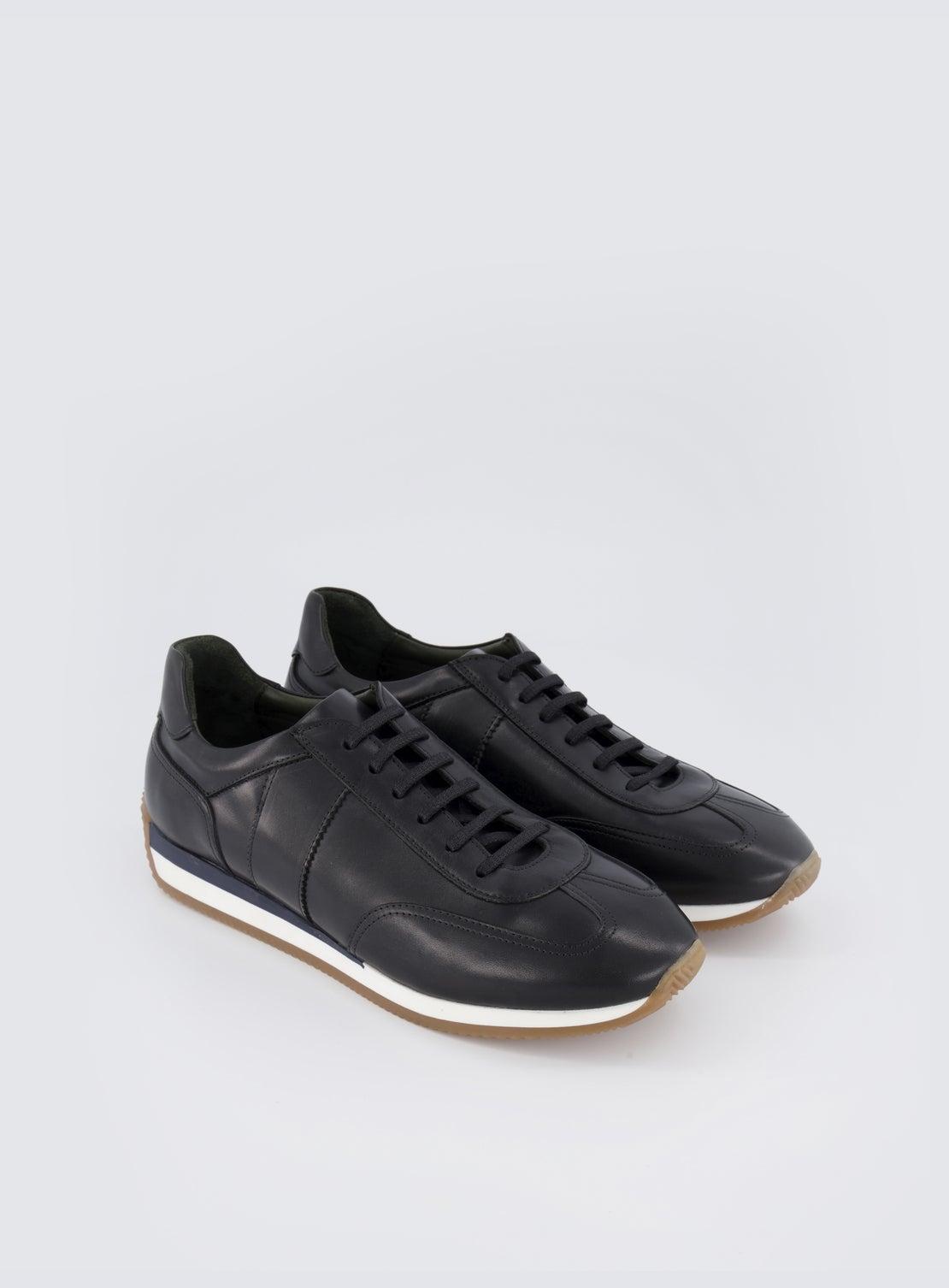 Hansen Black Rounded Running Sneaker