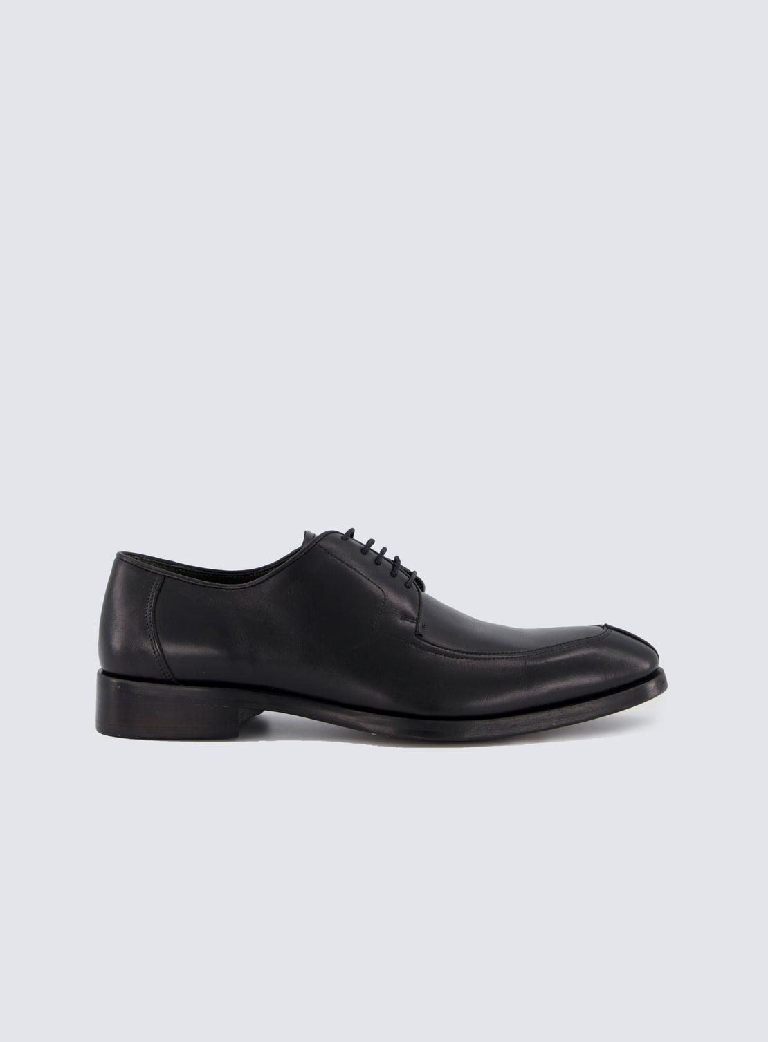 Ocasek Black Shoe