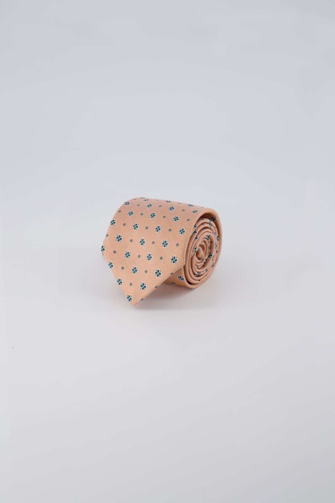 Sherbet Oxford With Green Floral Tie